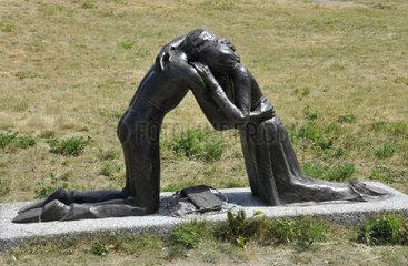 Denkmal Versoehnung an der ehemaligen Berliner Mauer