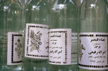 Flaschen fuer Rosenwasser