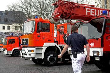 Feuerwehrwagen der Berufsfeuerwehr Bonn