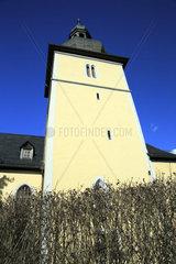 Turm der Juedeweiner Kirche in Poessneck  Thueringen  Deutschland