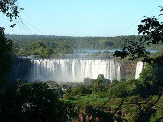 Brasilien  am Wasserfall Iguacu