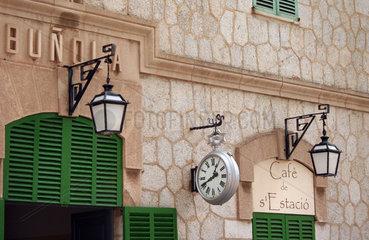 Mallorca  Bahnhof in Bunola