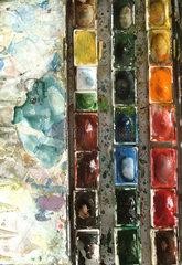 Kasten mit Aquarellfarben