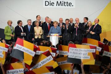 GERMANY-BERLIN-ELECTION-EXIT POLL-MERKEL-LEADING