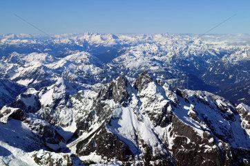 Luftaufnahme Kanadische Rocky Mountains