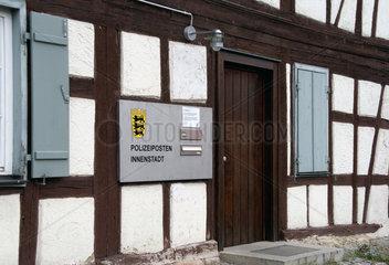 Tuebingen Polizeistation hinter Fachwerkfassade
