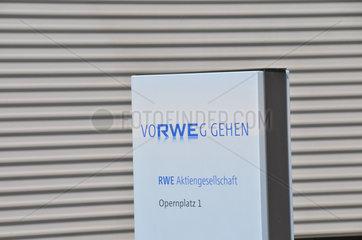 RWE Werbung an der RWE Konzernzentrale