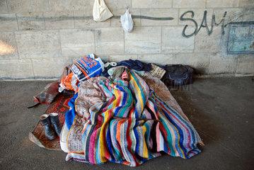 Bett eines Obdachlosen in Koeln