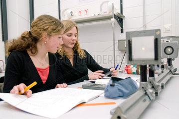 Physikalisches Praktikum an der Ruhruniversitaet Bochum