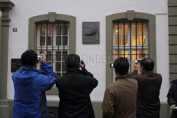 Touristen machen Fotos
