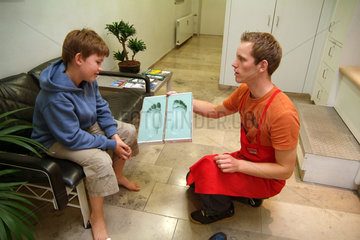 Massanfertigung orthopaedischer Kinderschuhe