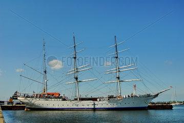 Die Gorch Fock im Hafen von Stralsund