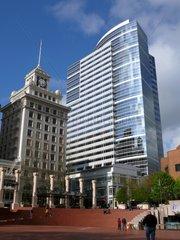 Portland's zentraler Platz: Pioneer Courthouse Square