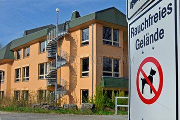 Rauchfreies Gelaende vor Walddorfschule
