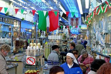 Devotionalienladen der Katholischen Alliance in Lourdes