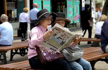 Chinesische Touristinnen in Chester