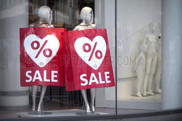 Sommerschlussverkauf - Sale