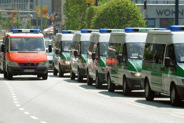 WM 2006  Einsatzwagen der Polizei in Dortmund