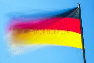 Wehende Deutschlandfahne