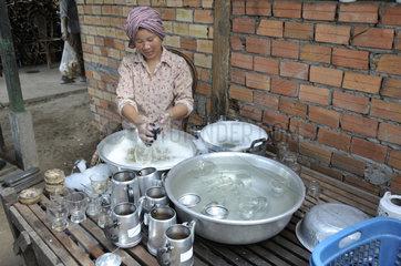 Kuechenhilfe in Kambodscha