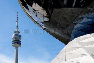 BMW Welt mit Fernsehturm Muenchen