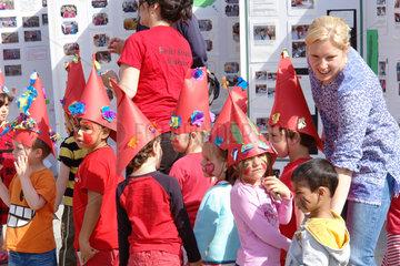 Kinder singen in Stockholm