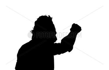 Silhouette eines wuetenden Mannes
