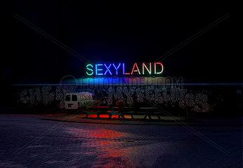 Sexyland Nacht Club Amsterdam Neonlicht Rotlicht Einsam Strasse