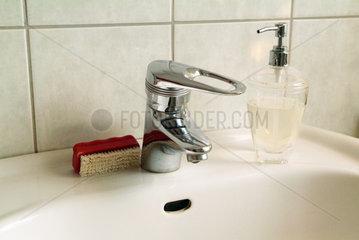 Hamburg  Waschbecken in einem Badezimmer