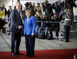 Westbalkantreffen - BK'in Merkel begruesst Edi Rama