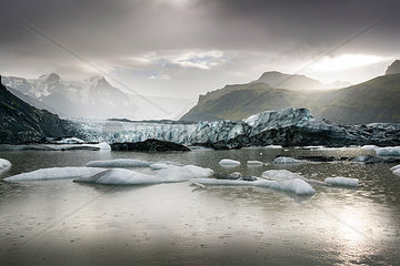 Iceland  South of Iceland  Breidarlon  Joekulsarlon glacier lake