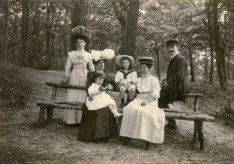 Familienfoto  Urlaub in Binz  Ruegen  1909