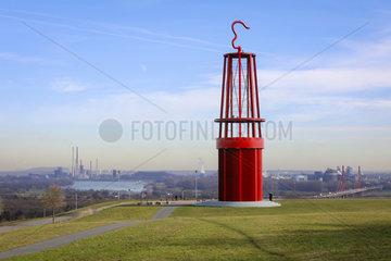 Das Geleucht  Kunstobjekt  Halde Rheinpreussen  Ruhrgebiet  Moers  Nordrhein-Westfalen  Deutschland  Europa