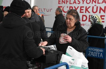 TURKEY-ISTANBUL-INFLATION-DIRECT SALE