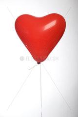 Berlin  Deutschland  herzfoermiger Luftballon