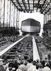 Stapellauf eines Schiffes
