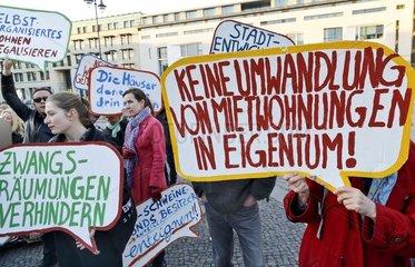 """Kundgebung gegen den Kongress """"Quo vadis � der Immobilienbranche"""