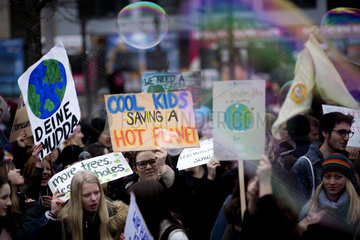 Students FridaysForFuture Climate-Coal Protest