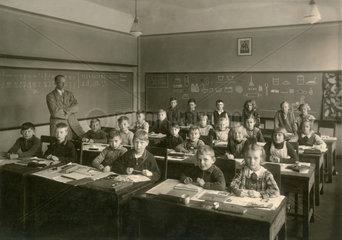 Klassenfoto  Grundschule  Dresden  1937