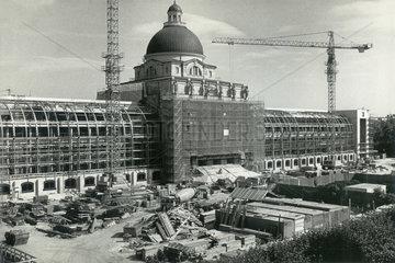 Neubau der Bayerischen Staatskanzlei  Baustelle 1991