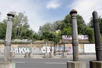 Berlin Yorkbruecken Stuetzen
