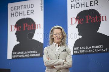Gertrud Hoehler - Buchvorstellung Die Patin