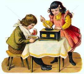 Geschwister  Kinder  kochen  essen  um 1890
