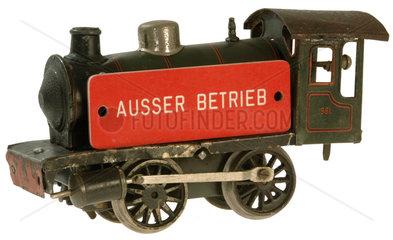 alte Lokomotive  ausser Betrieb  Symbol Bahnstreik