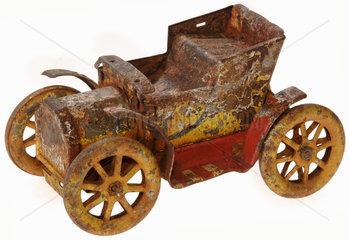 erster Opel von 1902  Antikspielzeug