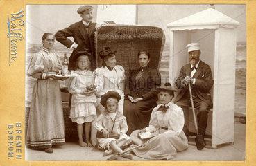 Urlaubsfoto  Familie  Borkum  um 1900