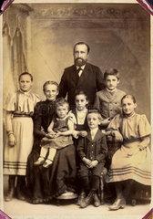 kinderreiche Familie  um 1900