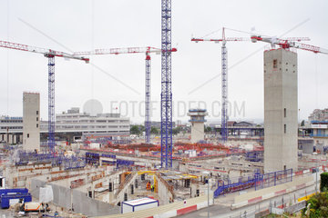 Puteaux  Frankreich  Baustelle fuer ein neues Hochhaus