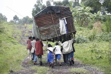 Fluechtlingslager und Zeltstadt Kibati
