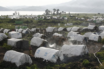Fluechtlingslager und Zeltstadt Bulengo